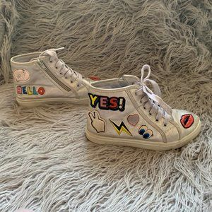 Justice Size 5 High Top Emoji Patch Lace Sneakers